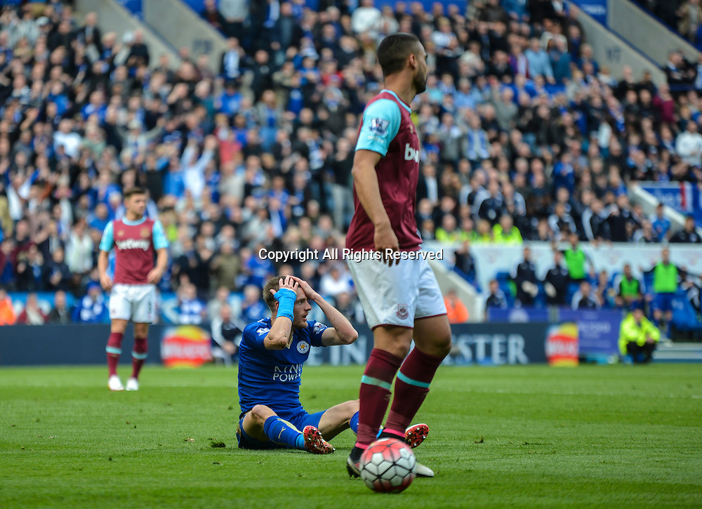 17.04.2016. King Power Stadium, Leicester, England. Barclays Premier League. Leicester City versus West Ham. Jamie Vardy of Leicester City reacts to the referee's decision, which resulted in him receiving a red card for diving