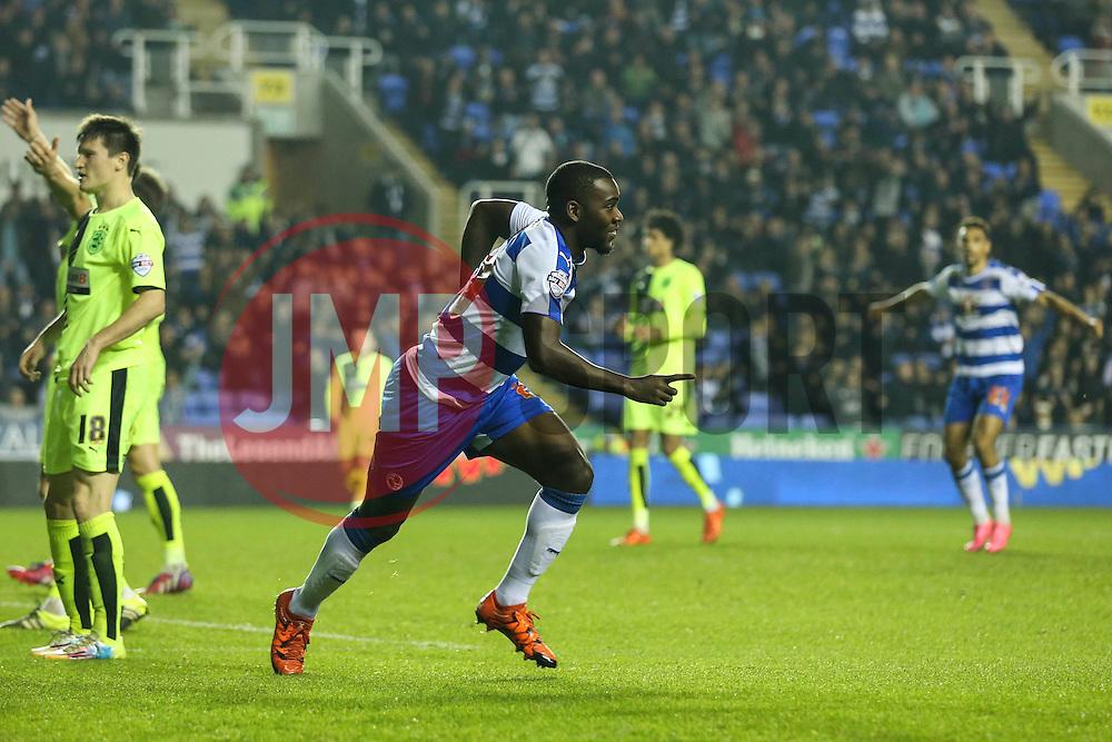 Goal, Ola John of Reading scores the equaliser, Reading 2-2 Huddersfield Town - Mandatory byline: Jason Brown/JMP - 07966 386802 - 03/11/2015- FOOTBALL - Madejski Stadium - Reading, England - Reading v Huddersfield Town - Sky Bet Championship