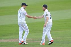 Liam Dawson of Hampshire congratulates Gareth Berg of Hampshire - Mandatory byline: Dougie Allward/JMP - 07966386802 - 11/09/2015 - Cricket - County Ground -Taunton,England - Somerset CCC v Hampshire CCC - LV=County Championship - Day 3