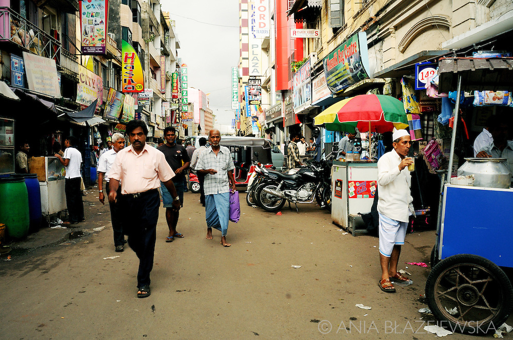 Sri Lanka, Colombo. Street life in Pettah - the oldest merchant district.