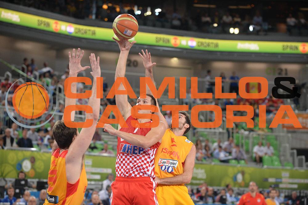 DESCRIZIONE : Lubiana Ljubliana Slovenia Eurobasket Men 2013 Finale Terzo Quarto Posto Spagna Croazia Final for 3rd to 4th place Spain Croatia<br /> GIOCATORE : Bojan Bogdanovic<br /> CATEGORIA : tiro shot<br /> SQUADRA : Croazia Croatia<br /> EVENTO : Eurobasket Men 2013<br /> GARA : Spagna Croazia Spain Croatia<br /> DATA : 22/09/2013 <br /> SPORT : Pallacanestro <br /> AUTORE : Agenzia Ciamillo-Castoria/M.Ceretti<br /> Galleria : Eurobasket Men 2013<br /> Fotonotizia : Lubiana Ljubliana Slovenia Eurobasket Men 2013 Finale Terzo Quarto Posto Spagna Croazia Final for 3rd to 4th place Spain Croatia<br /> Predefinita :