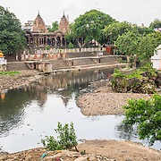 CAPTION: Chattri structures on the banks of River Khan. Most parts of the city are below waterbed level, resulting in water saturation and periodic flooding. LOCATION: Indore, Madhya Pradesh, India. INDIVIDUAL(S) PHOTOGRAPHED: N/A.