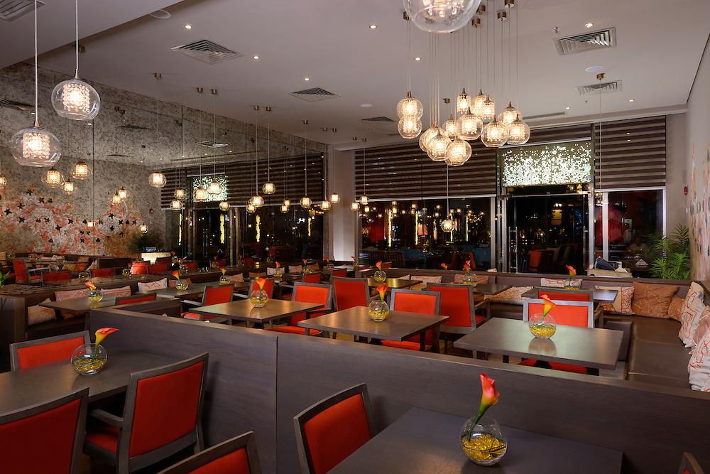 Topaz restaurant nour el refai egyptian photographer
