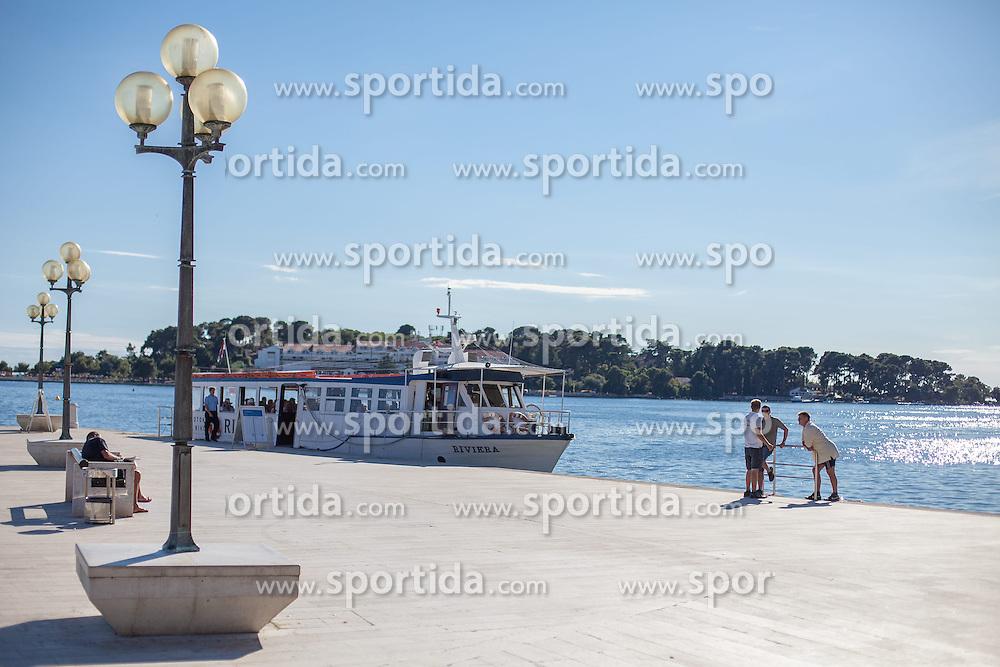 THEMENBILD - URLAUB IN KROATIEN, ein Schiff an der Anlegestelle am Hafen, aufgenommen am 01.07.2014 in Porec, Kroatien // a ship at the dock in the harbor at Porec, Croatia on 2014/07/01. EXPA Pictures © 2014, PhotoCredit: EXPA/ JFK