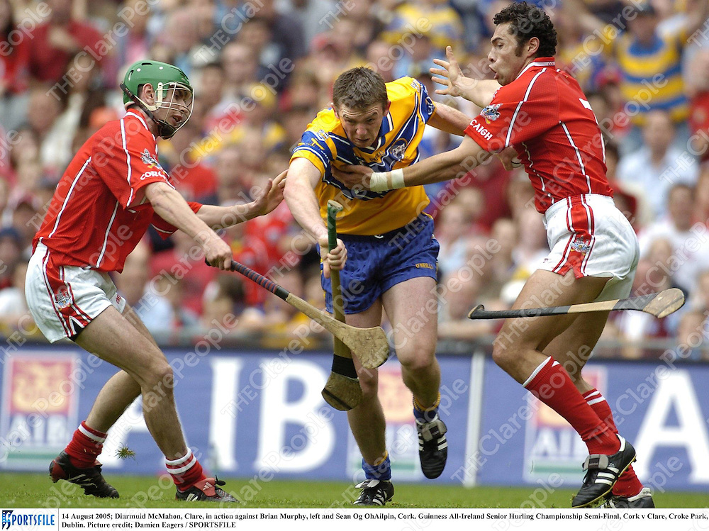 14 August 2005; Diarmuid McMahon, Clare, in action against Brian Murphy, left and Sean Og OhAilpin, Cork. Guinness All-Ireland Senior Hurling Championship Semi-Final, Cork v Clare, Croke Park, Dublin. Picture credit; Damien Eagers / SPORTSFILE