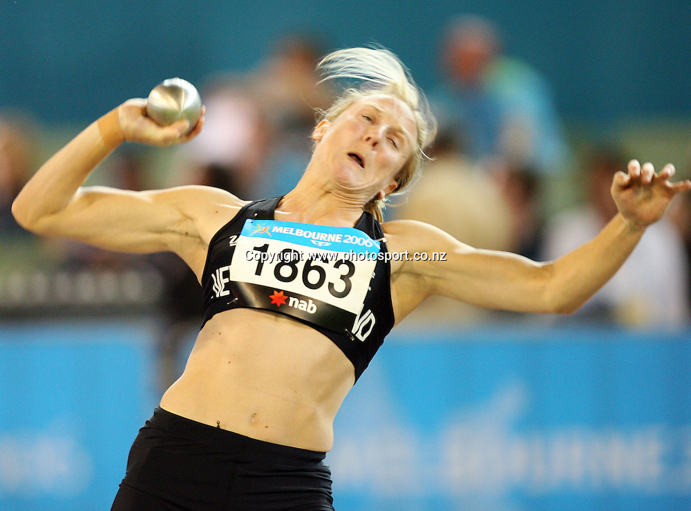 Rebecca Wardell (NZL) competes in the Women's Heptathlon Shot Put on Day 6 of the XVIII Commonwealth Games at the MCG, Melbourne, Australia on Tuesday 21 March, 2006. Photo: Hannah Johnston/PHOTOSPORT