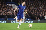 David Zappacosta of Chelsea (21) dribbling during the Champions League group stage match between Chelsea and PAOK Salonica at Stamford Bridge, London, England on 29 November 2018.