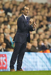 LONDON, ENGLAND - Sunday, November 30, 2014: Everton's manager Roberto Martinez during the Premier League match against Tottenham Hotspur at White Hart Lane. (Pic by David Rawcliffe/Propaganda)