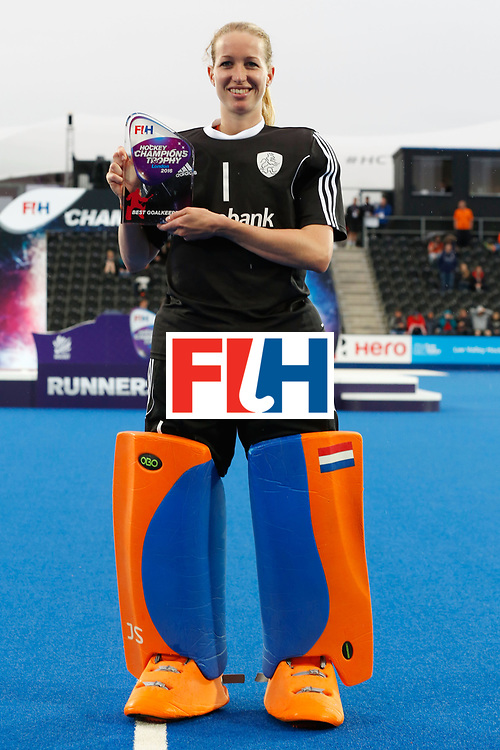LONDON, ENGLAND - JUNE 26:  Joyce Sombroek of Argentina, goalkeeper of the tournament at the FIH Women's Hockey Champions Trophy 2016 at Queen Elizabeth Olympic Park on June 26, 2016 in London, England.  (Photo by Joel Ford/Getty Images)