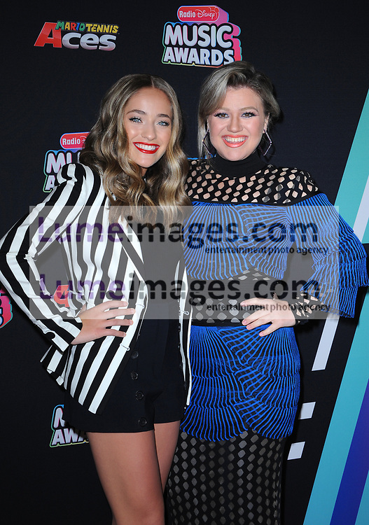 Brynn Cartelli and Kelly Clarkson at the 2018 Radio Disney Music Awards held at the Loews Hotel in Hollywood, USA on June 22, 2018.