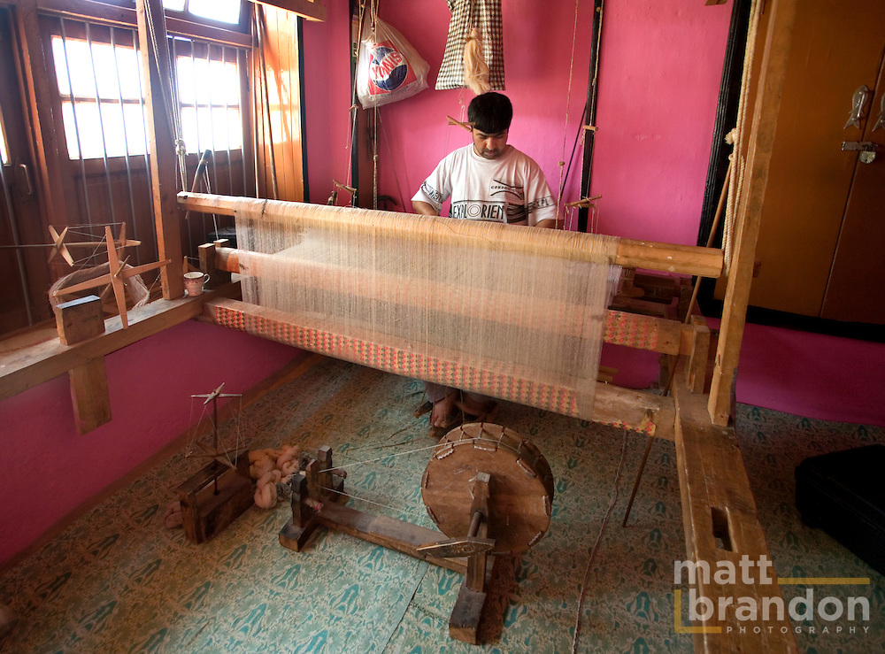After 1989 and the civil unrest Kashmir has seen, much of the cottage industry has moved from small factors to the the craftsman's homes.