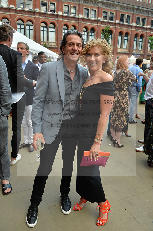 Stephen Webster & Kelly Hoppen at the V&A Summer Party 2017 held at the Victoria & Albert Museum, London England. 21 June 2017.<br /> Photo by Dominic O'Neill/SilverHub 0203 174 1069 sales@silverhubmedia.com