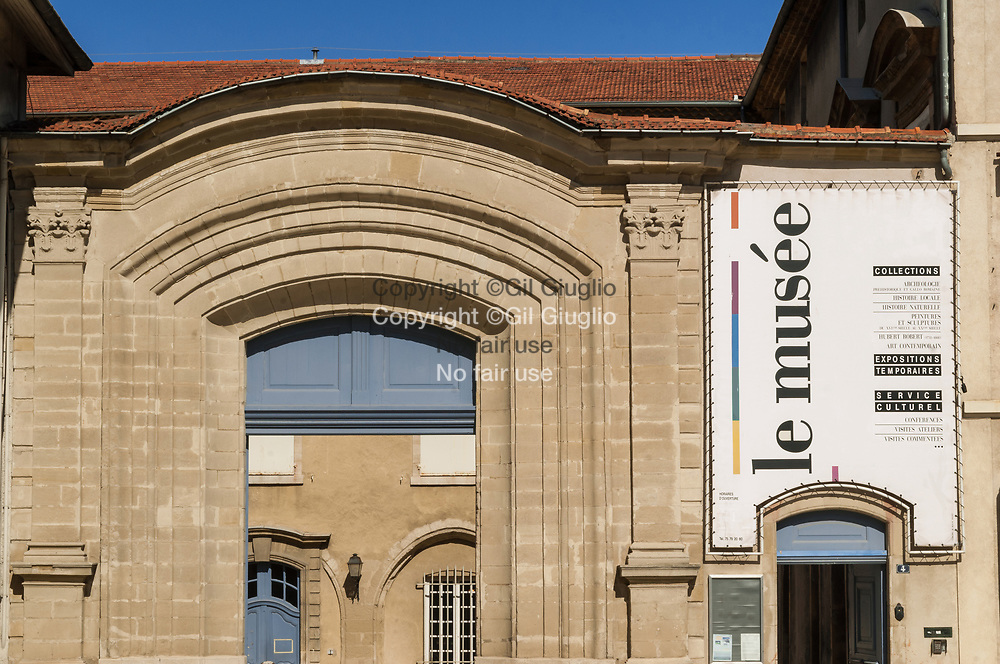 France, Auvergne-Rhône-Alpes, Drôme (26), centre-ville de Valence, Musée des Beaux-Arts dans centre-ville // France,  Auvergne Rhone Alpes region, department of Drome, downtown, Valence city, Art Museum in downtwon