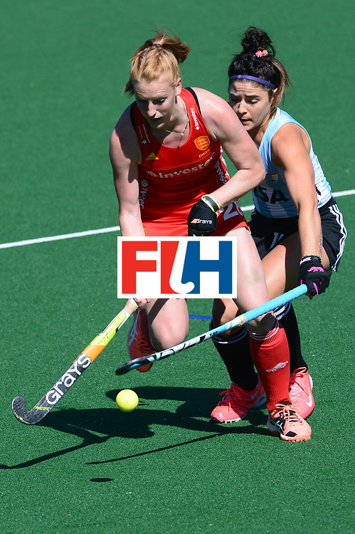 JOHANNESBURG, SOUTH AFRICA - JULY 23: Nicola White of England tackled by Maria Granatto of Argentina during day 9 of the FIH Hockey World League Women's Semi Finals 3rd-4th place match between England and Argentina at Wits University on July 23, 2017 in Johannesburg, South Africa. (Photo by Getty Images/Getty Images)