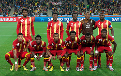 02.07.2010, Soccer City Stadium, Johannesburg, RSA, FIFA WM 2010, Viertelfinale, Uruguay (URU) vs Ghana (GHA) im Bild Players of Ghana at group photo, EXPA Pictures © 2010, PhotoCredit: EXPA/ Sportida/ Vid Ponikvar, ATTENTION! Slovenia OUT