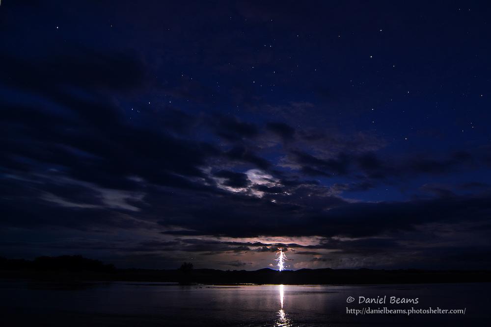 Lightening storm over the Rio Parapeti in Isosog
