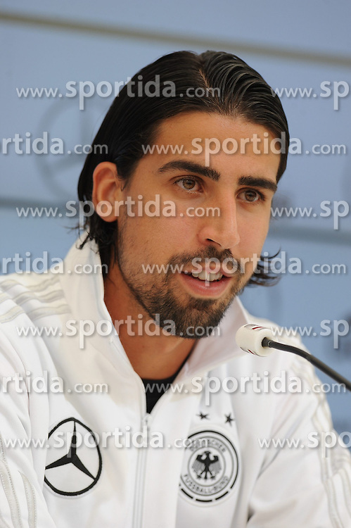 28.05.2014, Sportplatz, St. Martin Passeirtal, ITA, FIFA WM, Vorbereitung Deutschland, im Bild Sami Khedira (Real Madrid) // during Trainingscamp of Team Germany for Preparation of the FIFA Worldcup Brasil 2014 at the Sportplatz in St. Martin Passeirtal, Italy on 2014/05/28. EXPA Pictures &copy; 2014, PhotoCredit: EXPA/ Eibner-Pressefoto/ Stuetzle<br /> <br /> *****ATTENTION - OUT of GER*****