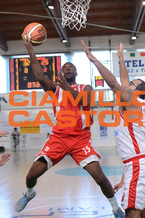 DESCRIZIONE : Porto Sant'Elpidio 3&deg; Torneo della Calzatura Victoria Libertas Pesaro Cimberio Varese<br /> GIOCATORE : Mack Lamont<br /> CATEGORIA : tiro equilibrio<br /> SQUADRA : Victoria Libertas Pesaro<br /> EVENTO : Porto Sant'Elpidio 3&deg; Torneo della Calzatura<br /> GARA : Victoria Libertas Pesaro Cimberio Varese<br /> DATA : 15/09/2012<br /> SPORT : Pallacanestro<br /> AUTORE : Agenzia Ciamillo-Castoria/GiulioCiamillo<br /> Galleria : Lega Basket A 2012-2013<br /> Fotonotizia : Porto Sant'Elpidio 3&deg; Torneo della Calzatura Victoria Libertas Pesaro Cimberio Varese<br /> Predefinita :
