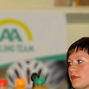 NLD/Alphen aan de Rijn/20060308 - Presentatie nieuwe wielerploeg Leontien van Moorsel, AA Drink Cycling team, Roxane Knetemann
