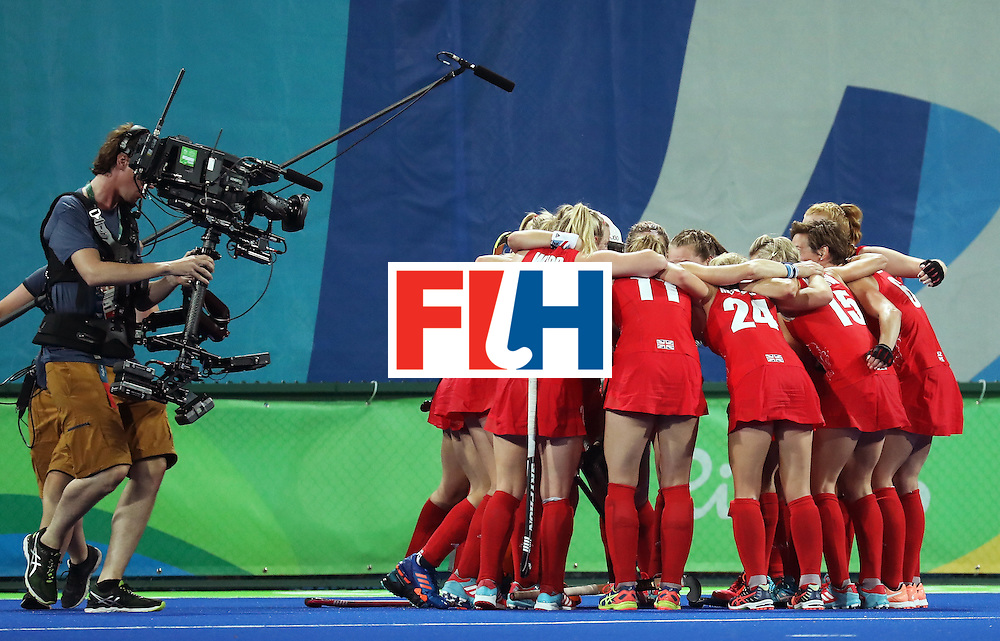 RIO DE JANEIRO, BRAZIL - AUGUST 17:  Great Britain players celebrate victory after the Women's Semifinal match between New Zealand and Great Britain on Day 12 of the Rio 2016 Olympic Games at the Olympic Hockey Centre on August 17, 2016 in Rio de Janeiro, Brazil.  (Photo by Rob Carr/Getty Images)