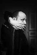 """Portraits d'acteurs et de techniciens sur le tournage de """"Nos Vies Formidables"""" de Fabienne Godet. Lumière naturelle. Janvier 2017."""