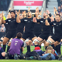 LONDON, ENGLAND - OCTOBER 31: The All Black do The Haka during the Rugby World Cup Final match between New Zealand vs Australia Final, Twickenham, London on October 31, 2015 in London, England. (Photo by Steve Haag)