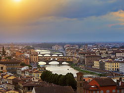 Vue sur la ville de Florence et le fleuve Arno depuis l'esplanade Michel Ange (Piazzale Michelangelo), en Toscane, Italie, Europe. - Photo by Simoni/robertharding/ANDBZ/ABACAPRESS.COM - travel destination; photography; horizontal; colour image; outdoors; sunset; cloudy sky; river; building exterior; architecture; europe; italy; italian culture; tuscany; old; the past; history; dramatic sky; travel; florence; arno river; city; cityscape; sunlight; glowing; incidental people; bridge; elevated view; colour; color image; color; outside; outdoor; tourist destination; architectural; background people; people in the background; historical; historic; heritage; cultural; culture; cities; typically italian; traditional culture; tradition; traditional; traditionally; italian; traditionally italian; european; sundown; dusk; twilight  EU European Union Europe UE Union Europeenne Twilight Tradition Folklore Traditions Folklore Florence Florenz Italy Italien Italie Tuscany Toscan Toskana Horizontal Landscape Architectural  | BRAND20190808_041 Florence Italie Italy