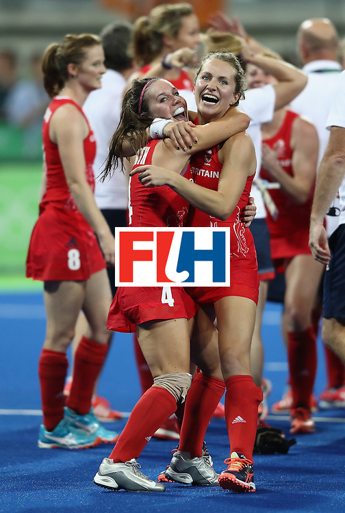 RIO DE JANEIRO, BRAZIL - AUGUST 19:  Laura Unsworth (l) and Shona McCallin of Great Britain celebrate after winning against Netherlands to win the Women's Gold Medal Match on Day 14 of the Rio 2016 Olympic Games at the Olympic Hockey Centre on August 19, 2016 in Rio de Janeiro, Brazil.  (Photo by David Rogers/Getty Images)