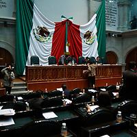 TOLUCA, México.- Durante la sesión de la LVII Legislatura Local en donde se convoco por unanimidad ante el pleno a la realización de elecciones ordinarias de diputados a la Legislatura y los miembros de ayuntamientos de los 125 municipios mexiquenses. Agencia MVT / Crisanta Espinosa. (DIGITAL)