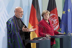 Bildnummer: 57994142.Afghanistan President Hamid Karzai with Chancellor Angela Merkel CDU hold a press conference in Federal Chancellery in Berlin, Wednesday May 16, 2012. Photo By imago/I-Images
