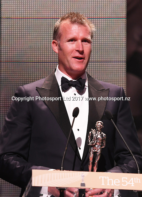 Mahe Drysdale.<br /> The 54th Halberg Awards in support of the Halberg Disability Sport Foundation. Vector Arena, Auckland, New Zealand. Thursday 9 February 2017. &copy; Copyright photo: Andrew Cornaga / www.photosport.nz