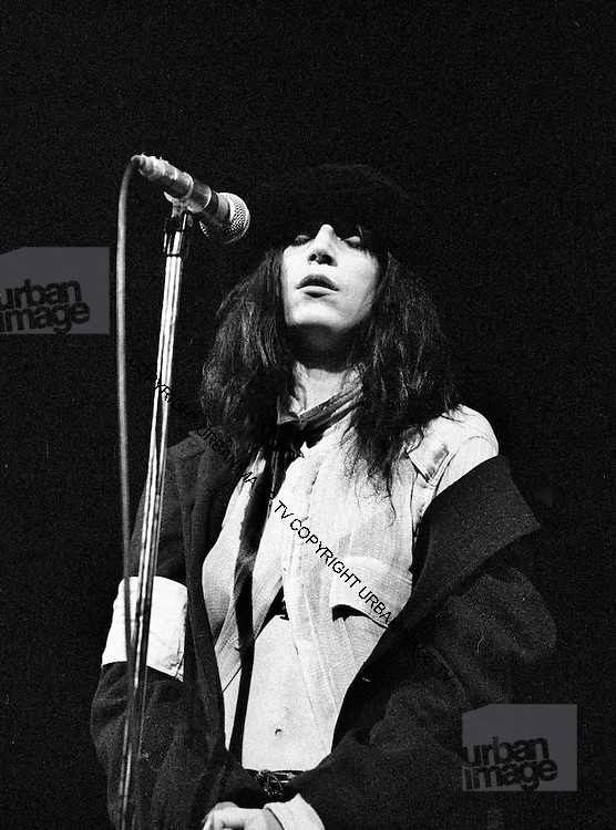 Patti Smith Live at London's Roundhouse -1976