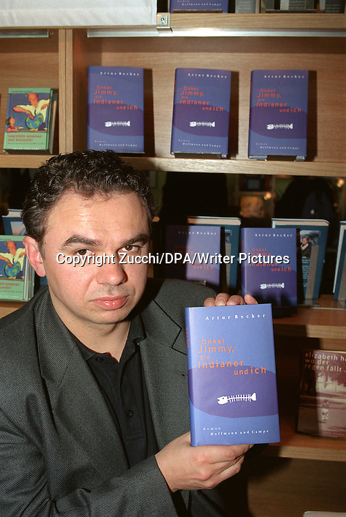 Copyright Zucchi/DPA/Writer Pictures<br /> contact +44 (0)20 822 41564 <br /> sales@writerpictures.com <br /> www.writerpictures.com