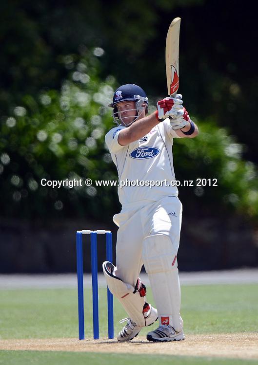 Lou Vincent batting. Plunket Shield Cricket, Auckland Aces v Wellington Firebirds at Eden Park Outer Oval. Auckland on Tuesday 27 November 2012. Photo: Andrew Cornaga/Photosport.co.nz