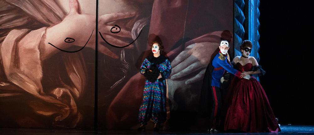 Glyndebourne Touring Opera present Don Giovanni by Wolfgang Amadeus Mozart<br /> <br /> <br /> <br /> Donna Anna -  Ana Maria Labin<br /> Don Ottavio  - Anthony Gregory<br /> Donna Elvira  - Magdalena Molendowska<br /> <br /> <br /> Conductor Pablo Gonz&aacute;lez (15, 22, 25, 27, 30 Oct; 4,8, 11, 15, 18, 22, 25 Nov)<br /> Ben Gernon (29 Nov; 2, 6, 9 Dec)<br /> Director Jonathan Kent<br /> Revival Director Lloyd Wood<br /> Designer Paul Brown<br /> Lighting Designer Mark Henderson<br /> <br /> The Glyndebourne Tour Orchestra<br /> The Glyndebourne Chorus<br /> <br /> Don Giovanni Duncan Rock<br /> Donna Anna Ana Maria Labin<br /> Don Ottavio Anthony Gregory<br /> Donna Elvira Magdalena Molendowska<br /> Leporello Brandon Cedel<br /> Il Commendatore Andrii Goniukov<br /> Zerlina Louise Alder<br /> Masetto Božidar Smiljanić