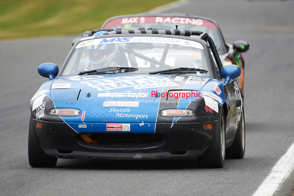 #29 Andrew BAYLISS Mazda MX5 Mk1 1600 during Max 5 Championship as part of the BARC NW - Championship Raceday  at Oulton Park, Little Budworth, Cheshire, United Kingdom. March 19 2016. World Copyright Peter Taylor/PSP. Copy of publication required for printed pictures.  Every used picture is fee-liable. http://archive.petertaylor-photographic.co.uk