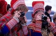 Samis (lap people); Church of Kautokeino, Easter festival  Lapland  Norway        Les Samis (lapons); église des lapons de Kautokeino, sortie de la messe  Laponie,   Norvege       L004767  /  R00330  /  P111310