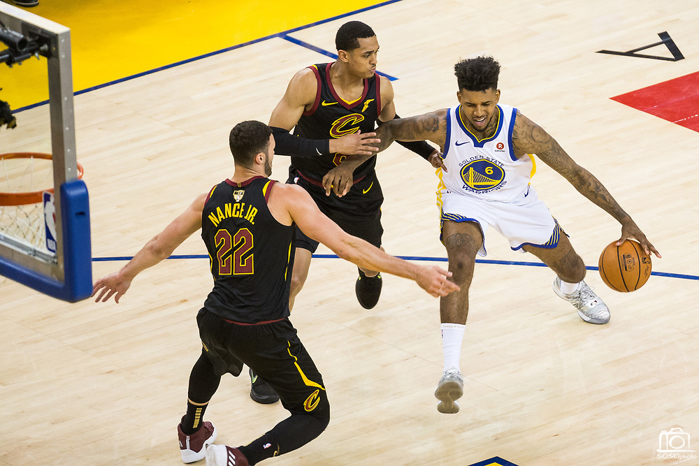 Golden State Warriors guard Nick Young (6) handles the ball against the Cleveland Cavaliers during Game 1 of the NBA Finals at Oracle Arena in Oakland, Calif., on May 31, 2018. (Stan Olszewski/Special to S.F. Examiner)