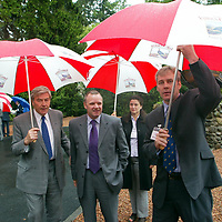 Mike Watson MSP Minister for Tourism who unveiled the giant copper grouse at The Famous Grouse Experience in Crieff to officially open the new visitor centre, also pictured Edrington Group Chairman and Chief Exec Ian Good<br />