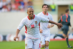 LLANELLI, WALES - Friday, May 29, 2009: Wales' Robert Earnshaw celebrates after scoring from the penalty spot to make it 1-0 against Estonia during the International friendly match at Parc y Scarlets. (Pic by Gareth Davies/Propaganda)