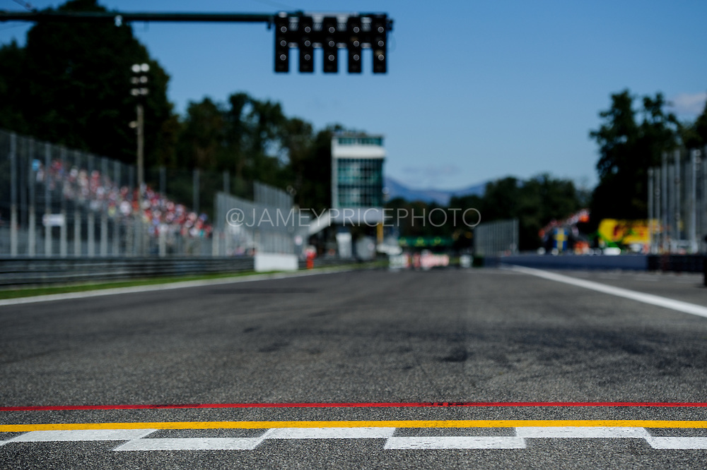 September 3-5, 2015 - Italian Grand Prix at Monza: Start line at Monza