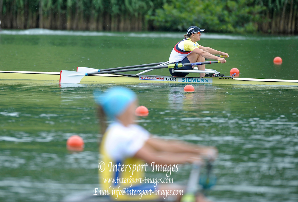 Lucerne, SWITZERLAND,  GBR W1X  Kath GRAINGER, Third round of the  2009 FISA World Cup,  Rotsee Regatta Course, Sunday  12/07/2009 [Mandatory Credit Peter Spurrier/ Intersport Images].