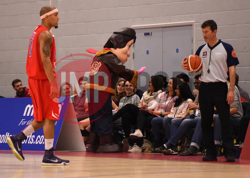 - Photo mandatory by-line: Joe Meredith/JMP - Mobile: 07966 386802 - 10/10/2015 - BASKETBALL - SGS Wise Arena - Bristol, England - Bristol Flyers v Newcastle Eagles - British Basketball League