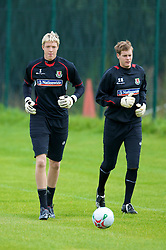 WREXHAM, WALES - Monday, August 18, 2008: Wales' goalkeepers Wayne Hennesey (L) and Owain Fon Williams training at Colliers Park ahead of their UEFA European U21 Championship Group 10 Qualifying match against Romania. (Photo by David Rawcliffe/Propaganda)