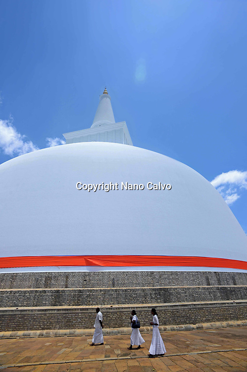 Ruwanwelisaya, a stupa in Anuradhapura, Sri Lanka, considered a marvel for its architectural qualities and sacred to many Buddhists all over the world.