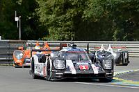 Timo Bernhard (DEU) / Mark Webber (AUS) / Brendon Hartley (NZL) #1 Porsche Team Porsche 919 Hybrid,  during first practice for the Le Mans 24 Hr June 2016 at Circuit de la Sarthe, Le Mans, Pays de la Loire, France. June 15 2016. World Copyright Peter Taylor/PSP.