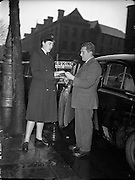 08/12/1959<br /> 12/08/1959<br /> 08 December 1959<br /> Women/Bean Garda on duty at College St. Station, Dublin.