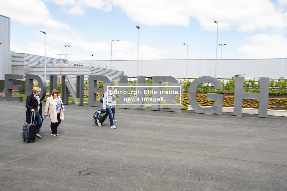 Edinburgh Airport has a new sign  to welcome visitors to the City so they are left in no doubt that they have arrived in the gateway to Scotland.<br /> <br /> Edinburgh 26 May 2015  Ger Harley, StockPix.eu