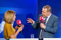 26.05.2019, Haus der Europaeischen Union, Wien, AUT, Runde der Spitzenkandidaten bei Puls 4, im Bild v. l. Claudia Gamon (NEOS), Harald Vilimsky (FPOe)// during round of top candidates at Puls 4 at the Haus der Europaeischen Union in Vienna, Austria on 2019/05/26. EXPA Pictures © 2019, PhotoCredit: EXPA/ Florian Schroetter