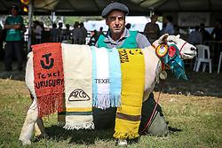 Premiação Grande Campea Ovelha Texel durante 38ª Expointer, que ocorrerá entre 29 de agosto e 06 de setembro de 2015 no Parque de Exposições Assis Brasil, em Esteio. FOTO: Pedro H. Tesch/ Agência Preview